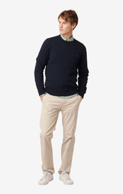 LUND CABLE KNIT CONTRAST O-NECK SWEATER