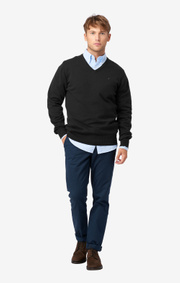 Boomerang - Erland v-neck sweater - Black