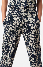 Boomerang - Fårö printed trouser - Midnight blue