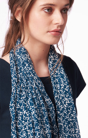 SELENA FLOWER SCARF Midnight blue