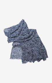 Selena flower scarf